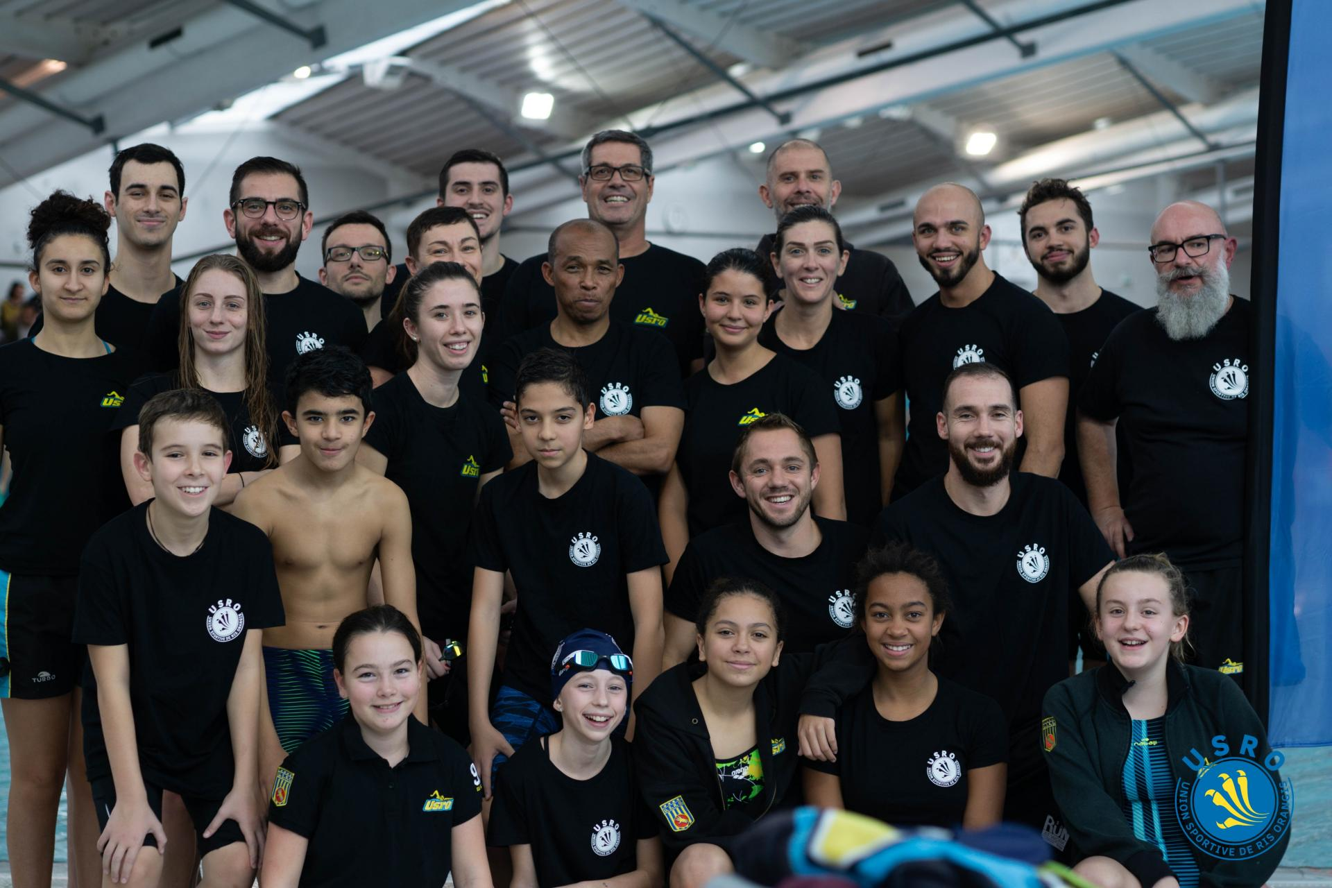 Photo groupes interclubs 2019 avec logo usro